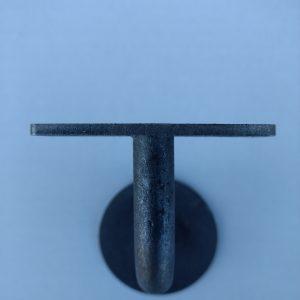 Leuninghouder type 130 - onbehandeld ijzer - vooraanzicht