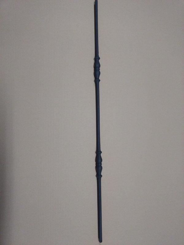 Spijl in mat zwarte uitvoering met twee ornamenten